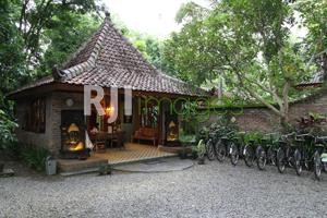 Fasilitas Sepeda Onthel Rumah Boedi