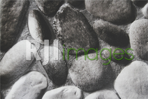 Wallpaper motif batu alam produk Thursina Interior