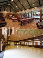 Bangunan Indoor Banyu Mili Resto