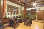 Interior kamar tipe Family dengan konsep rumah Jawa
