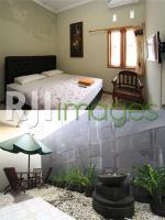 Kamar tidur dan parasol