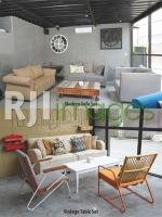 Modern sofa set dan Vintage table set