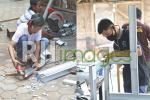 Proses pemotongan bahan galvalum dan perakitan rangka wastafel